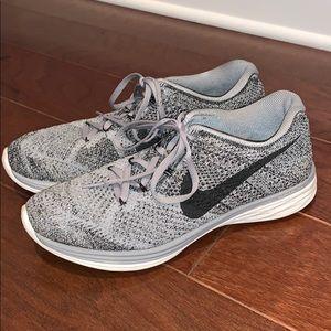 Nike women's flyknit lunar 3 grey black size 10
